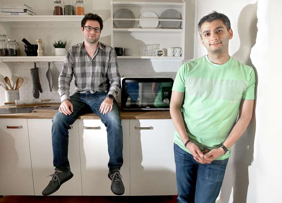 Matt Van Horn and Nikhil Bhogal in the kitchen